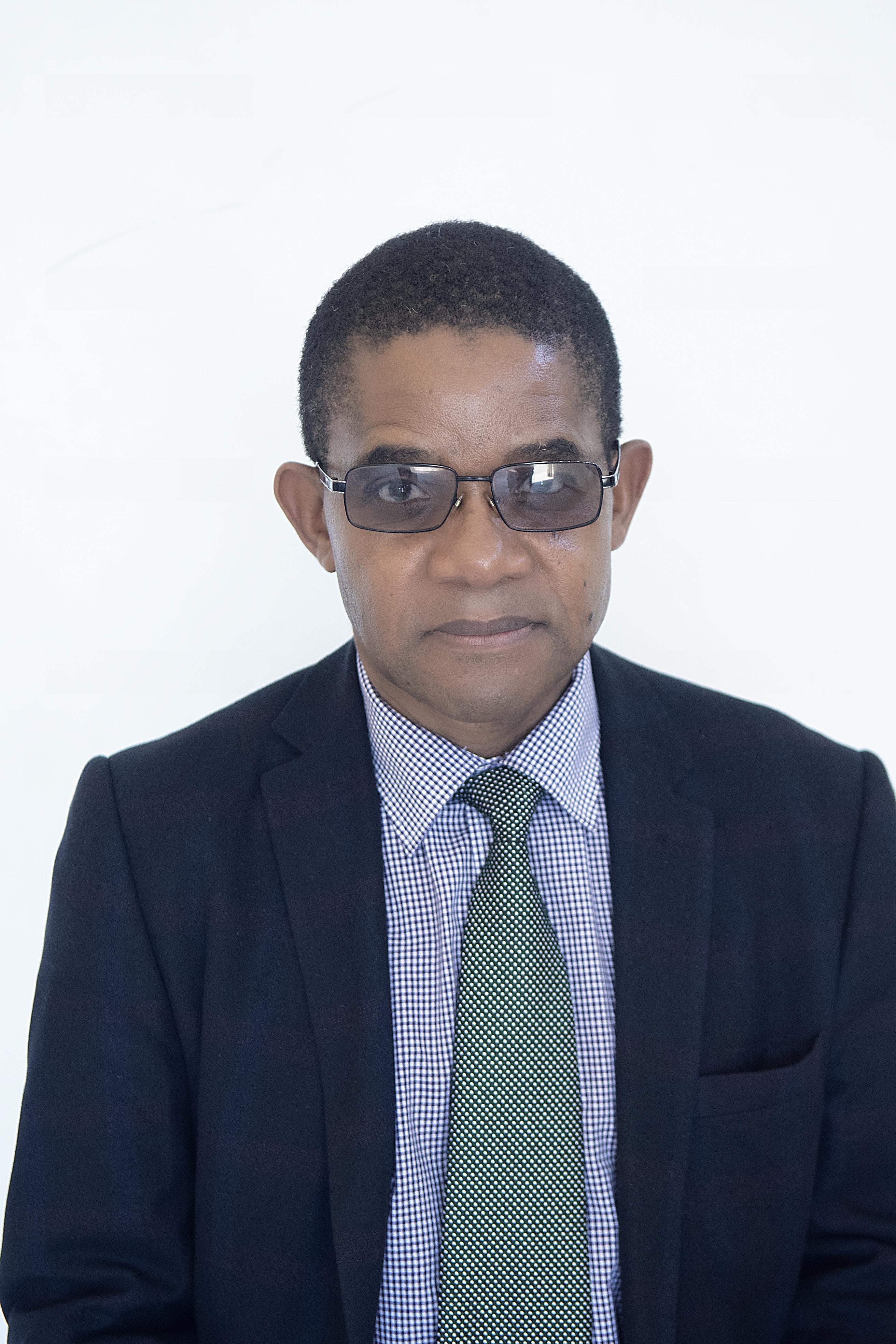 Dr. Dumisani Kutyawo  Council Members Dr